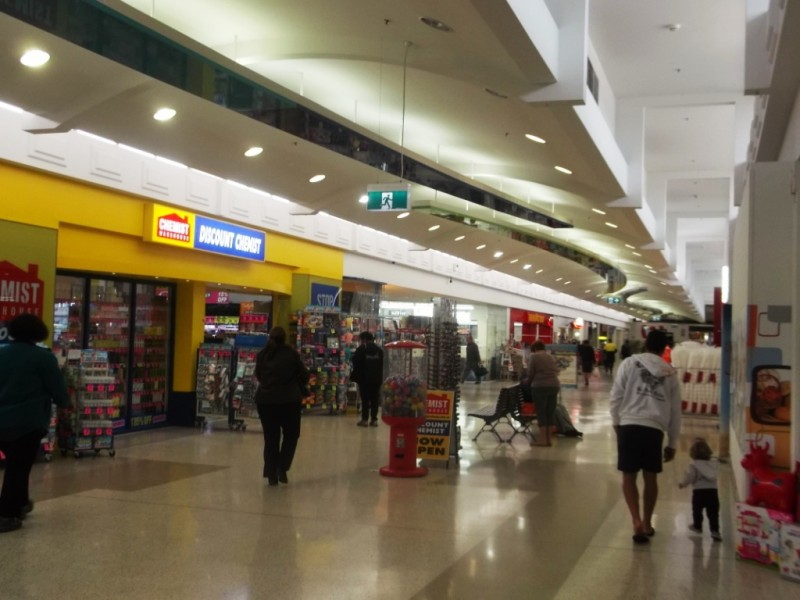 payless shoes macquarie centre